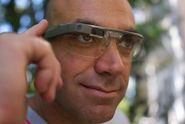 Google-Glass-wearer-wikimedia