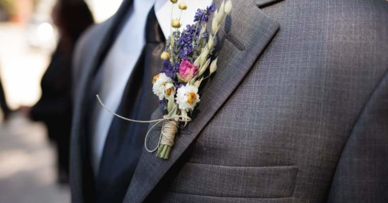 adult-boutonniere-celebration