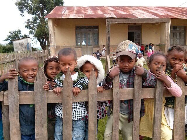 school-Africa-pixabay