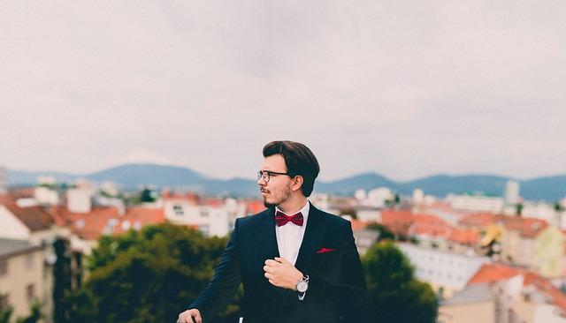 suit-pixabay