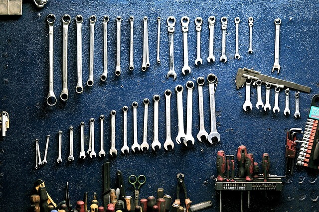 15 Basic Tools for Motorcycle Maintenance