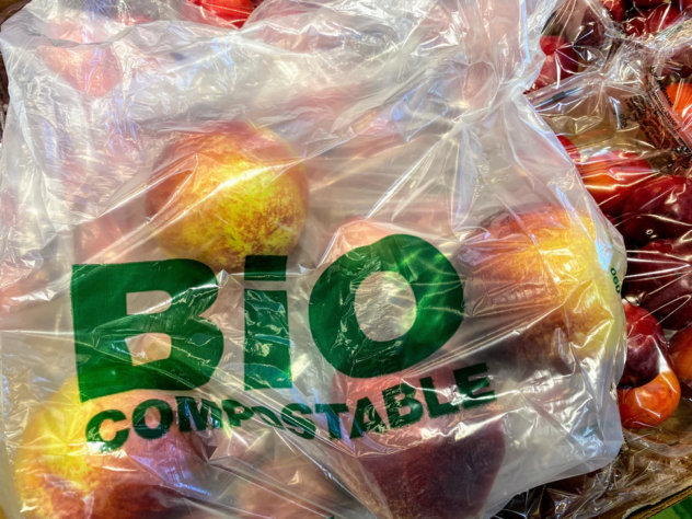 Apples in a compostable plastic bag (apples-compost-bag)